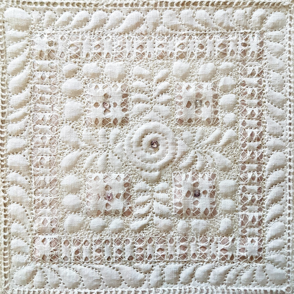Win a Kelly Cline Framed Quilt Square!   quiltersplanner.com