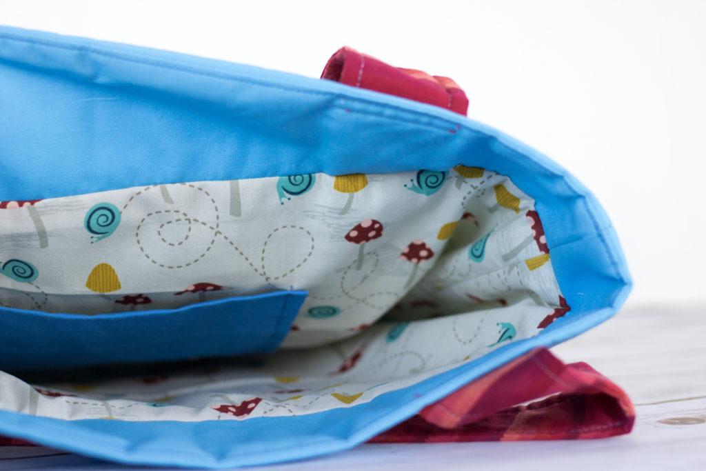 busy bag detail inside
