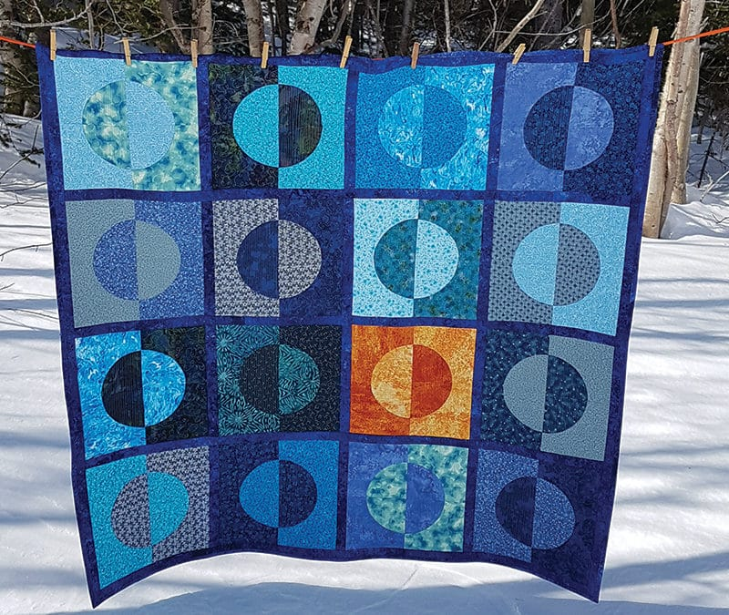 How to Piece Circles + Free Half Moons Afire Quilting Pattern